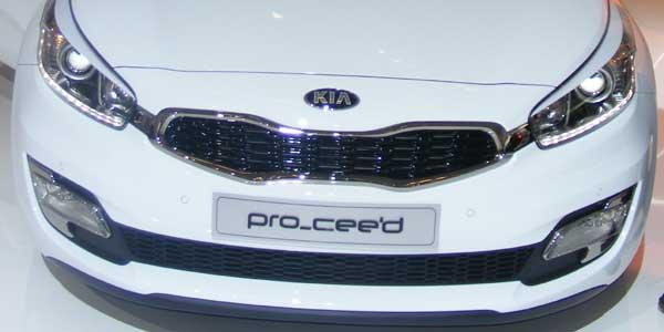 Kia Proceed grille