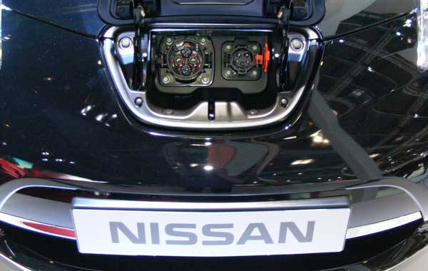 nissan leaf electric charging point on car