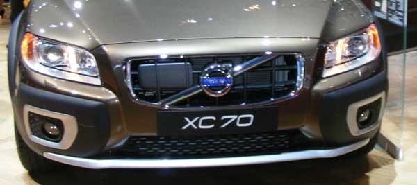 Volvo XC70 Grille